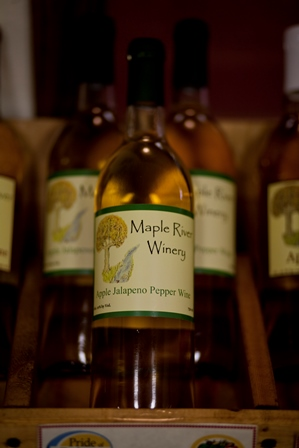 apple jalapeno pepper wine bottle